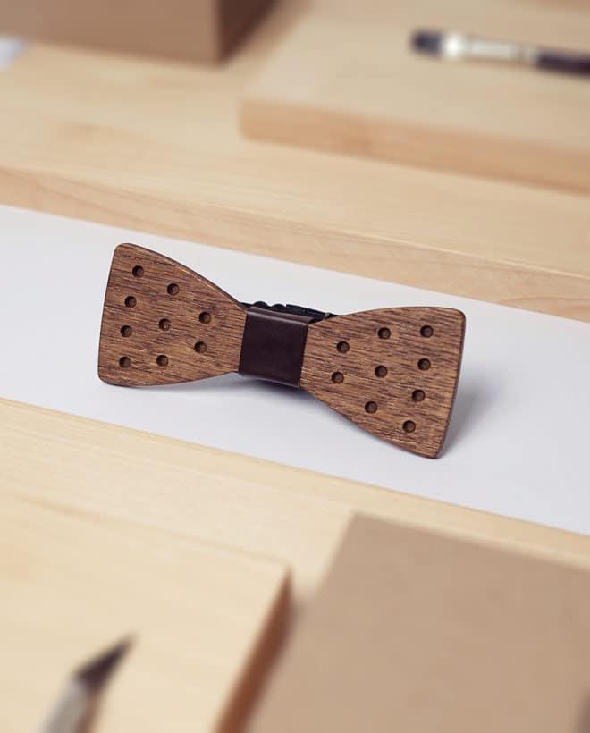 дървена папионка чърчил