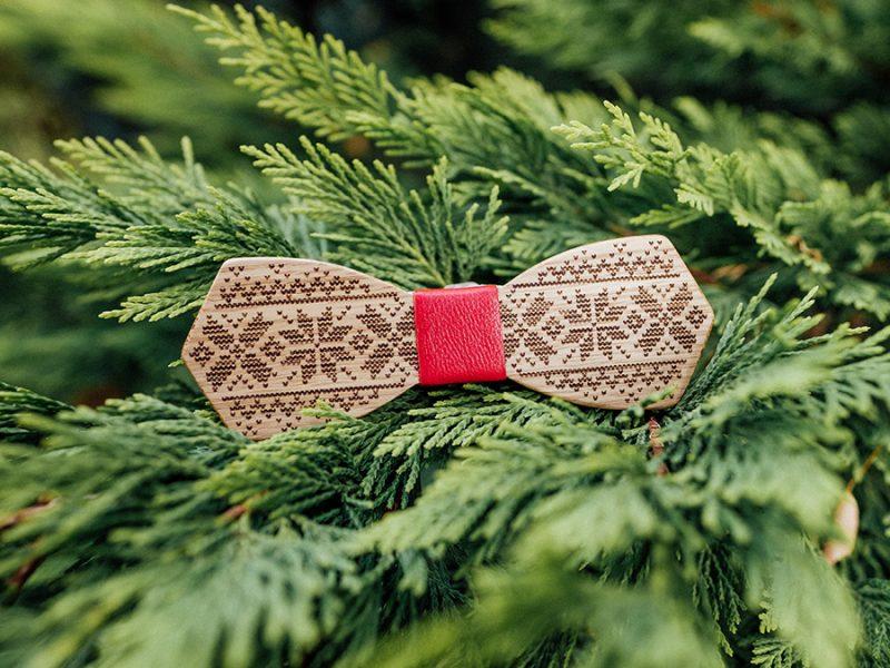 дървена папионка плетка пуловер бор