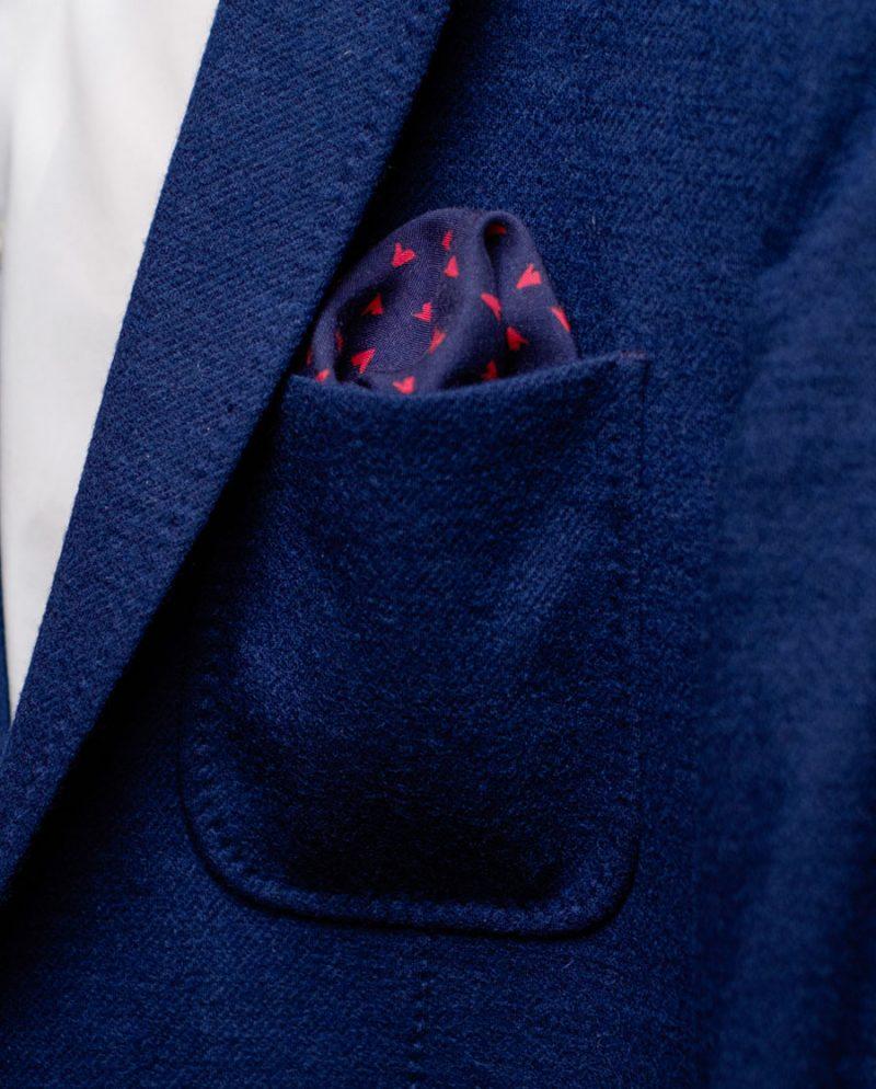 тъмносиня джобна кърпичка сако