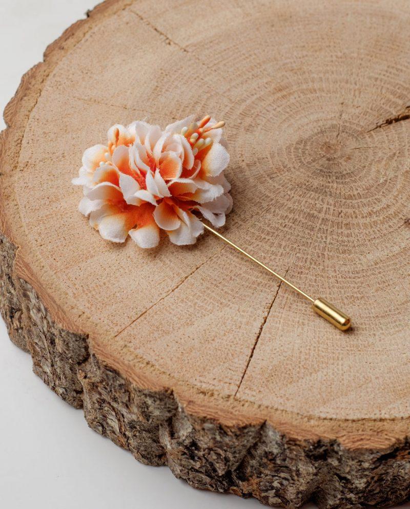 оранжево цвете игла за ревер