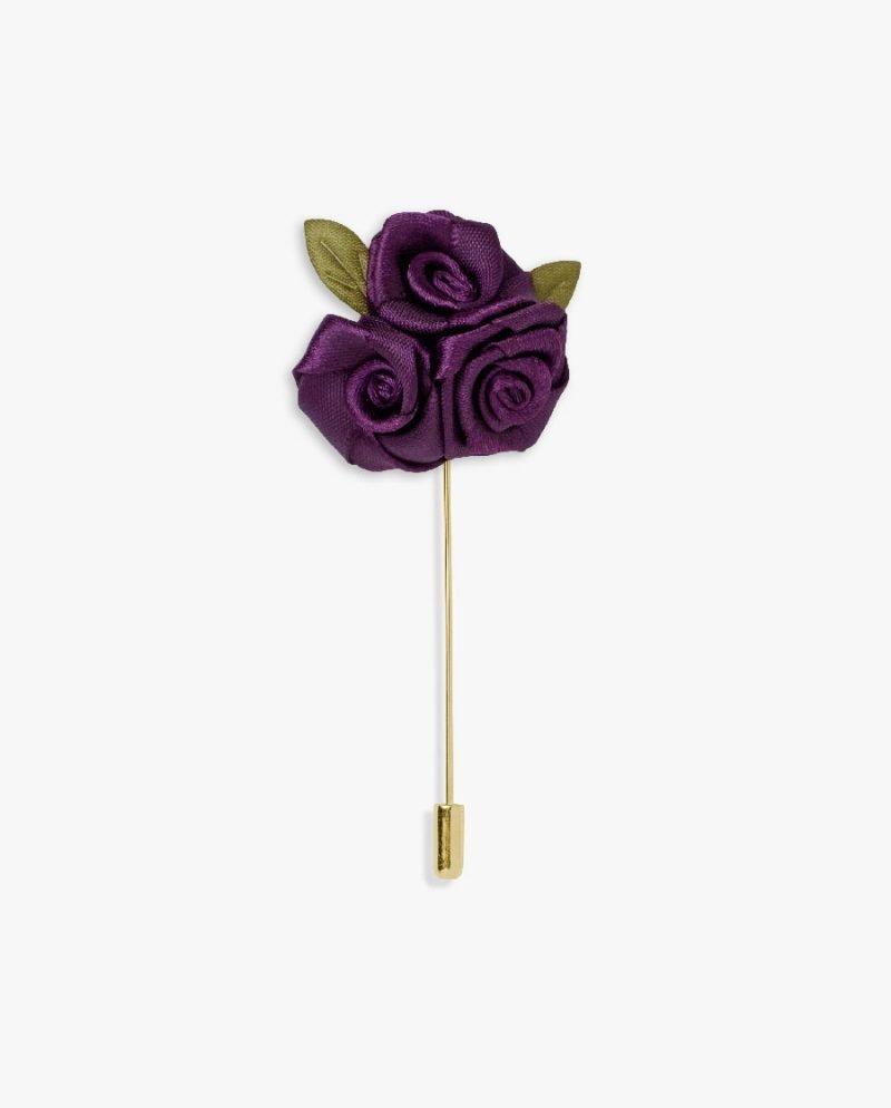 лилави рози игла ревер