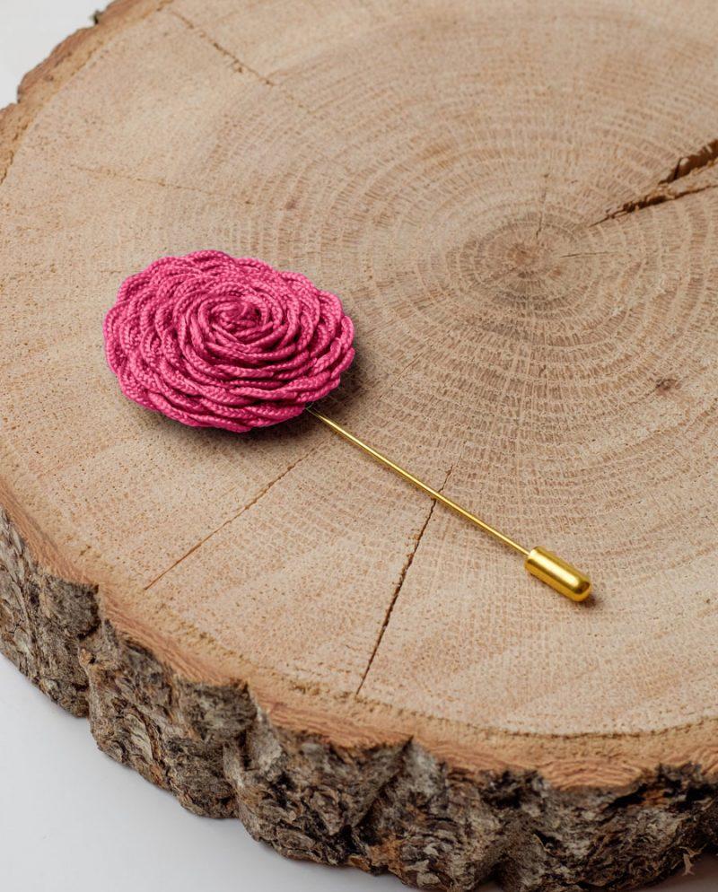 игла ревер цикламено цвете