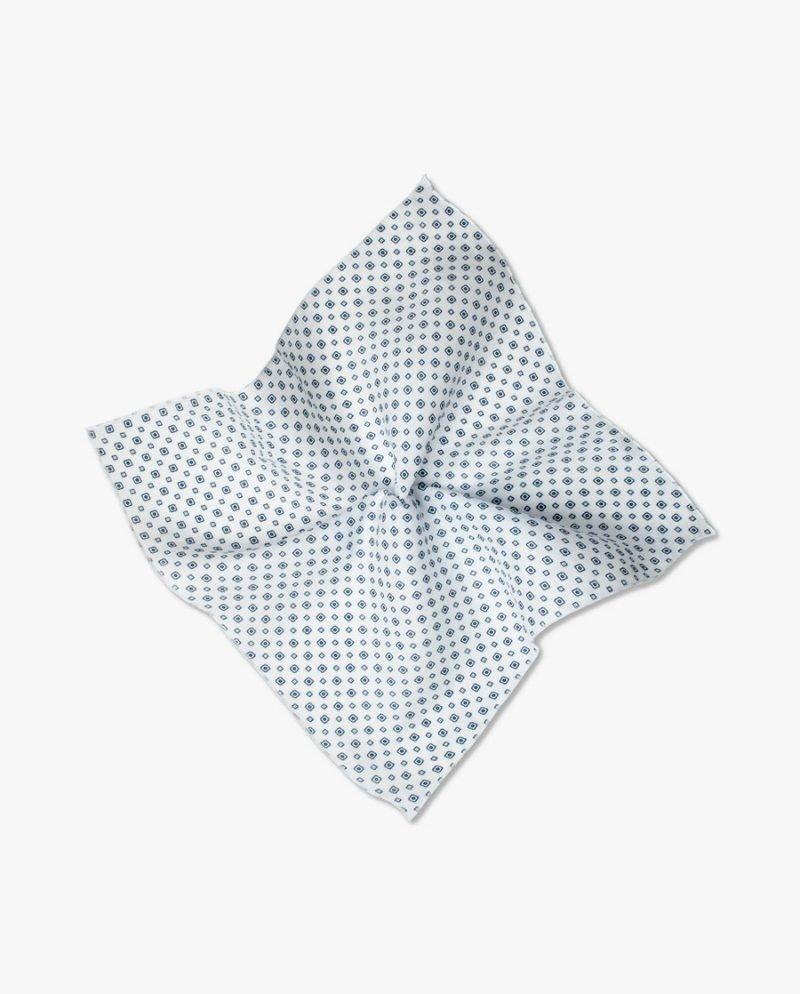 бяла джобна кърпичка лен