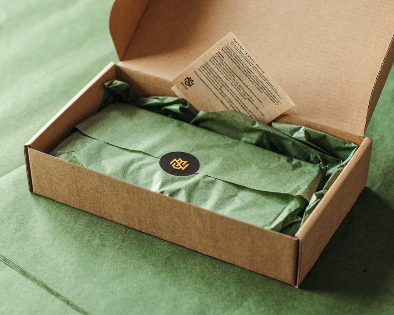 красива опаковка кутия крафт мено